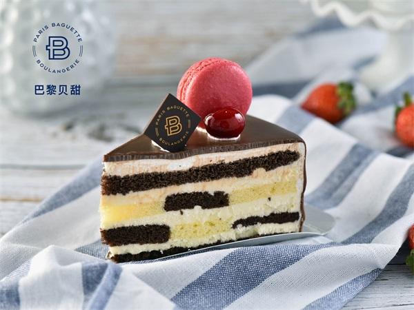 层层巧克力小蛋糕